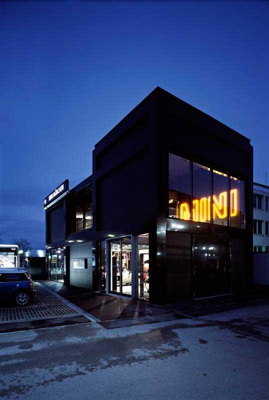 290 bmw mini solln landau kindelbacher. Black Bedroom Furniture Sets. Home Design Ideas